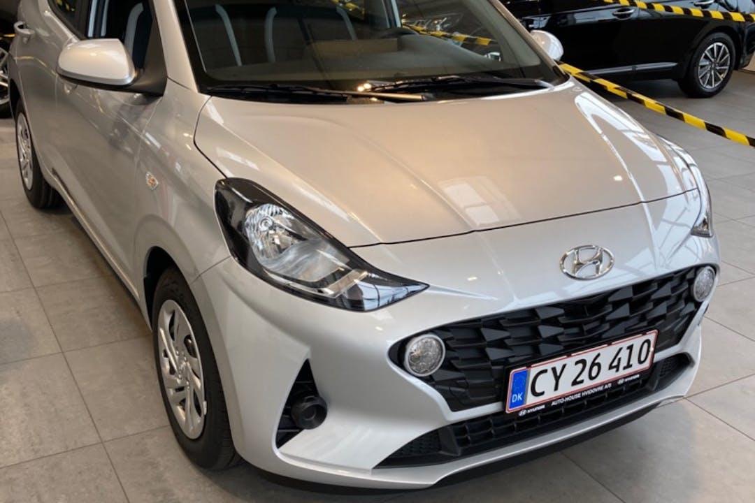 Billig billeje af Hyundai i10 med GPS nær 2400 Nordvest.
