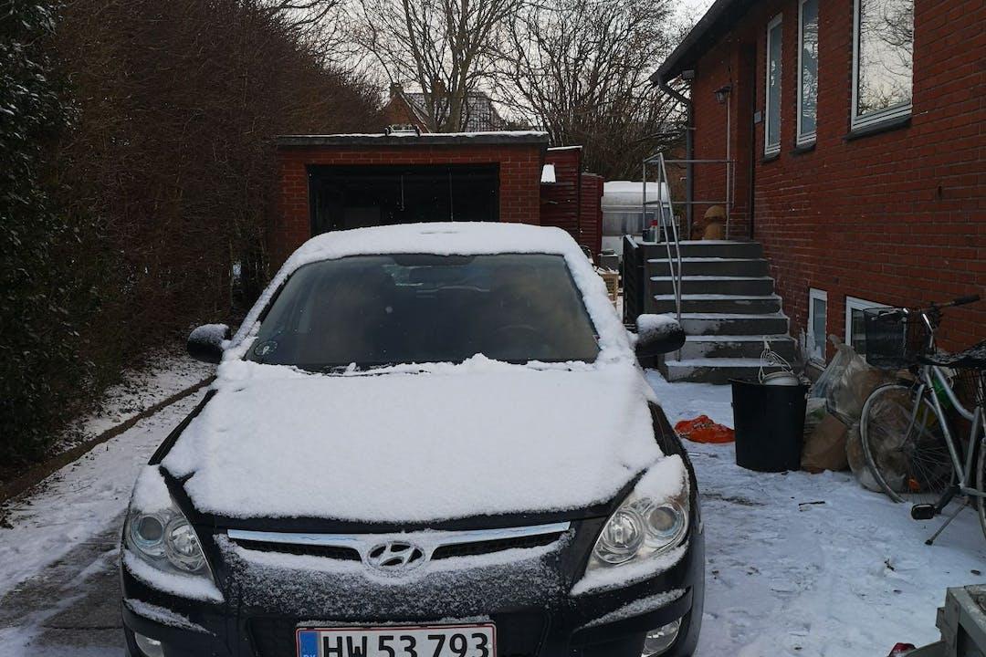 Billig billeje af Hyundai i30 med Anhængertræk nær 8230 Aarhus.