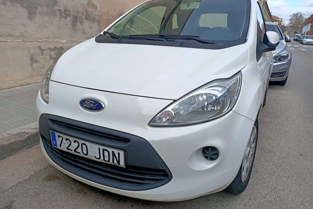 Alquiler barato de Ford Ka cerca de 08205 Sabadell.