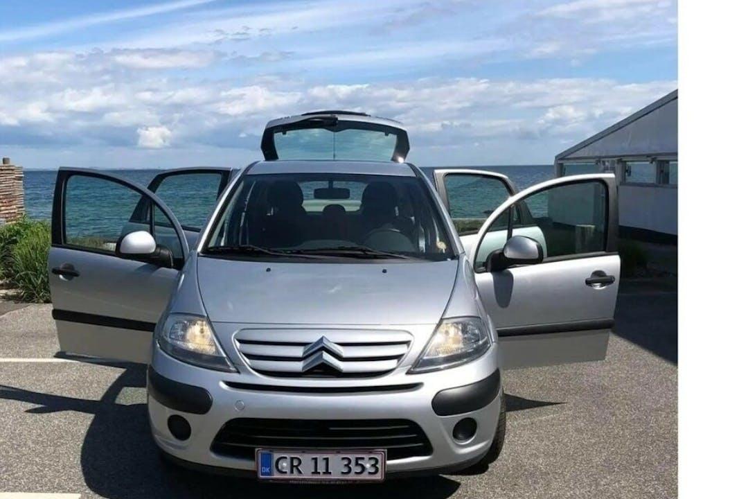 Billig billeje af Citroën C3 med Anhængertræk nær 2850 Nærum.