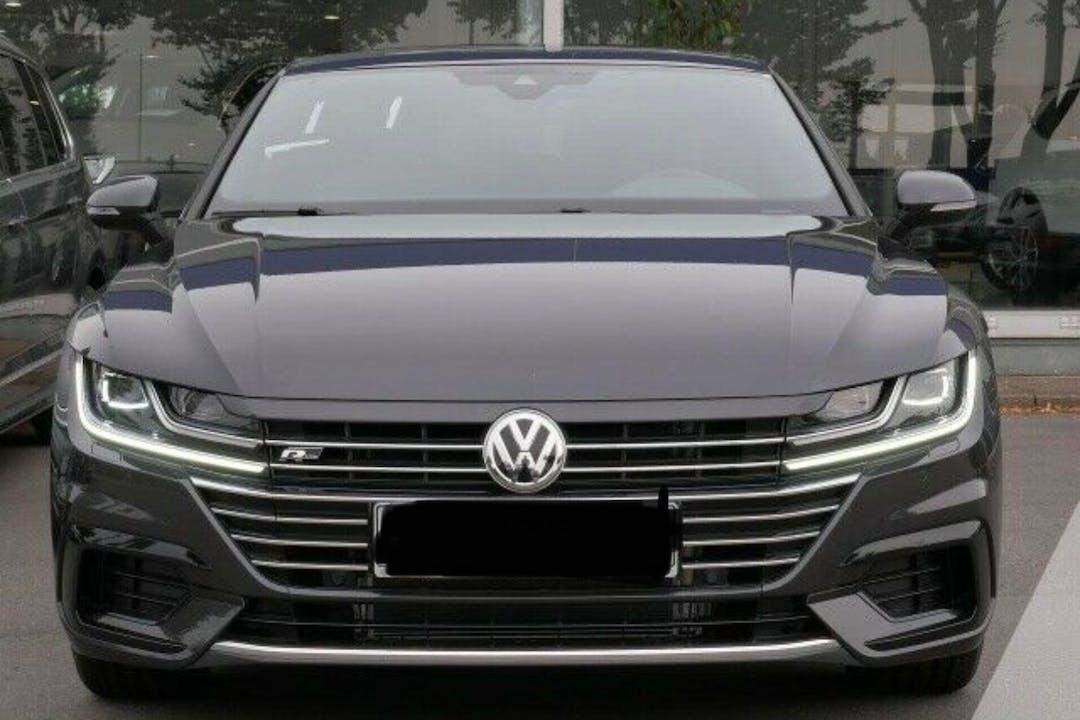 Billig billeje af Volkswagen Arteon med GPS nær 2450 København.