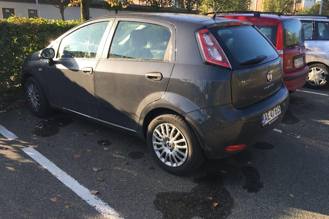 Billig billeje af Fiat Punto pop nær 8200 Aarhus.