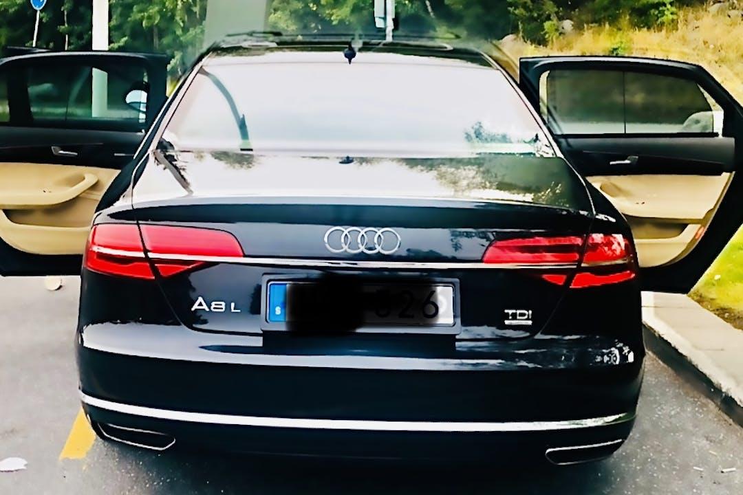 Billig biluthyrning av Audi A8 med GPS i närheten av 120 70 Södermalm.