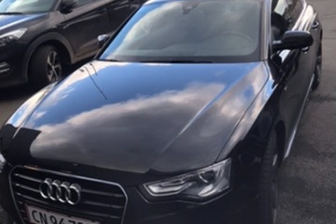 Billig billeje af Audi A5 Sportback med GPS nær  Middelfart.
