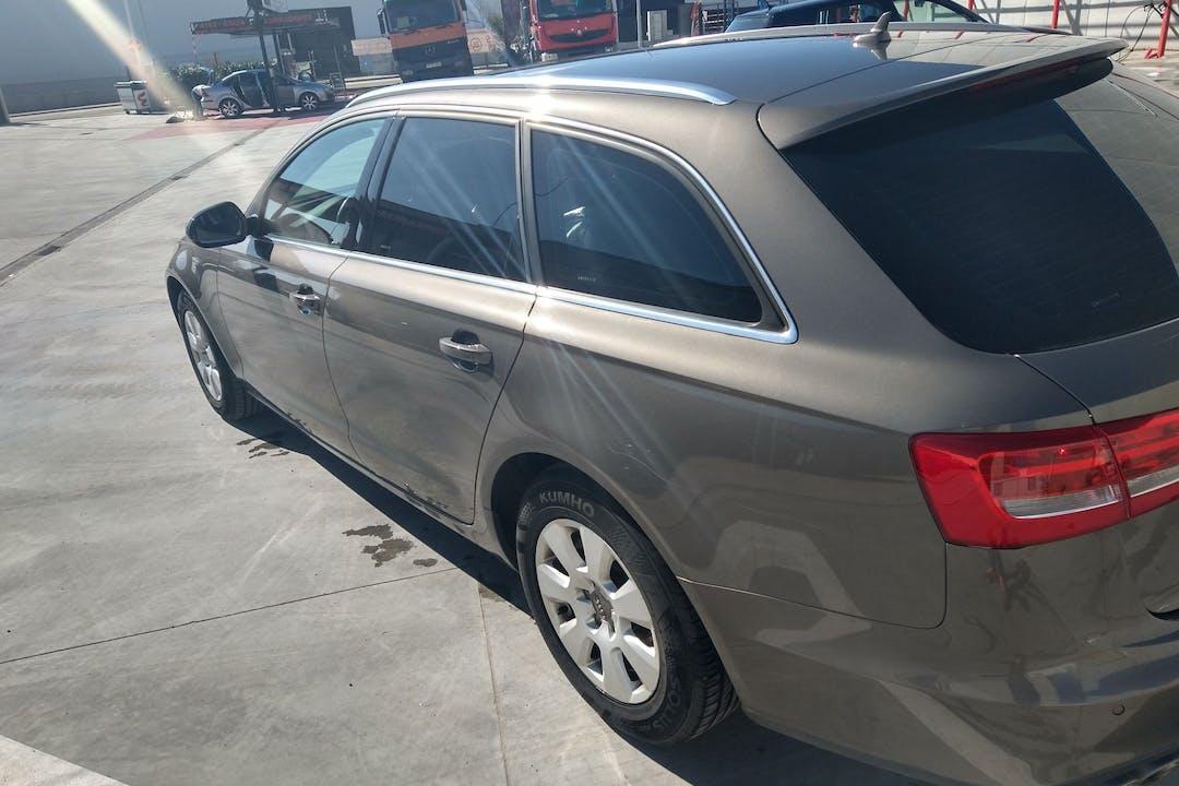 Alquiler barato de Audi A6 Avant con equipamiento GPS cerca de 47014 Valladolid.