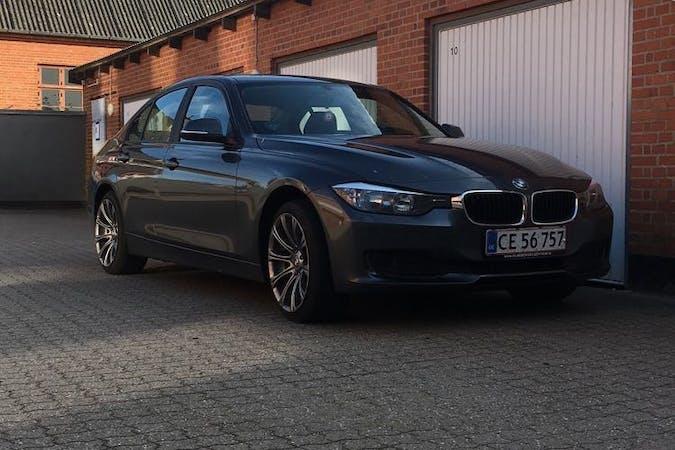 Billig billeje af BMW 3 Series med GPS nær 8850 Bjerringbro.