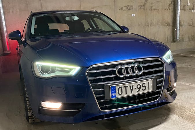 Audi A3 Sportbackn halpa vuokraus Isofix-kiinnikkeetn kanssa lähellä 90100 Oulu.