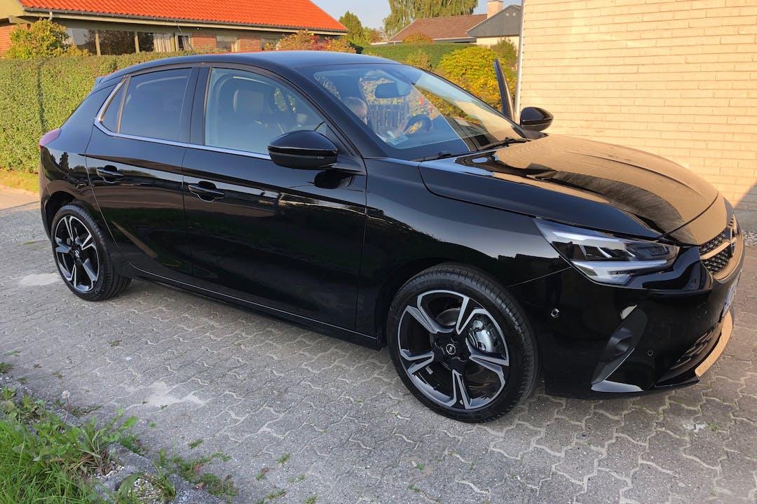 Billig billeje af Opel Corsa med Isofix beslag nær 8381 Tilst.