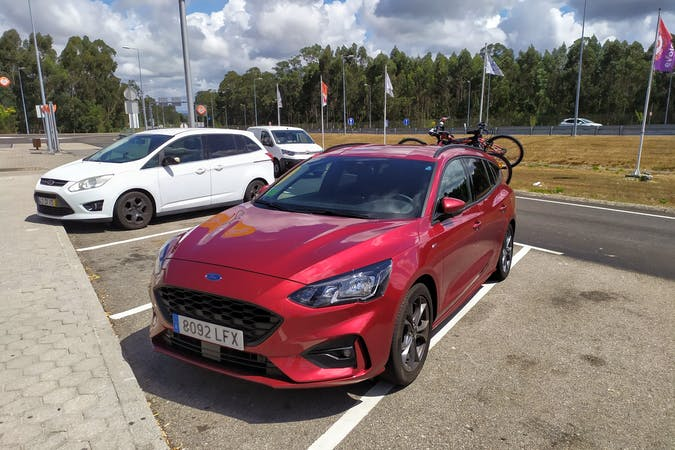 Alquiler barato de Ford Focus cerca de 28015 Madrid.