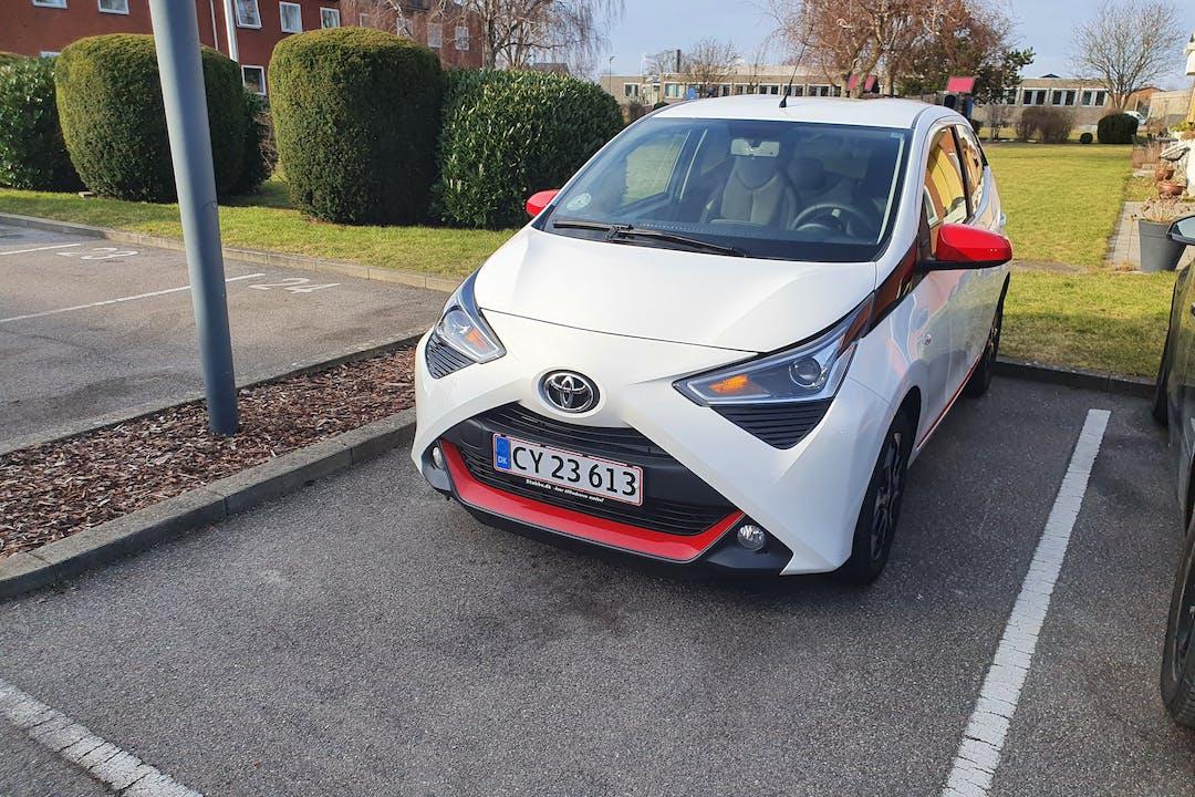 Billig billeje af Toyota AYGO nær 2770 Kastrup.