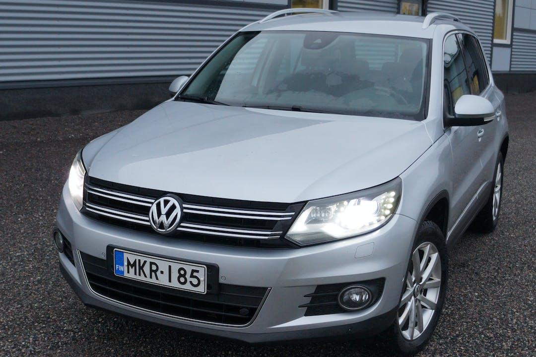 Volkswagen Tiguann halpa vuokraus Isofix-kiinnikkeetn kanssa lähellä 20780 Kaarina.