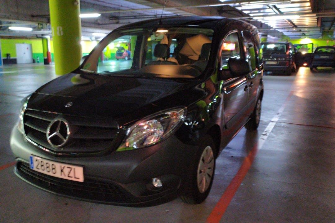 Alquiler barato de Mercedes Citan cerca de 48940 Lejona.