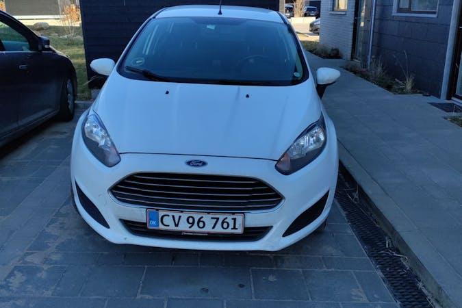 Billig billeje af Ford Fiesta med Bluetooth nær 8200 Aarhus.