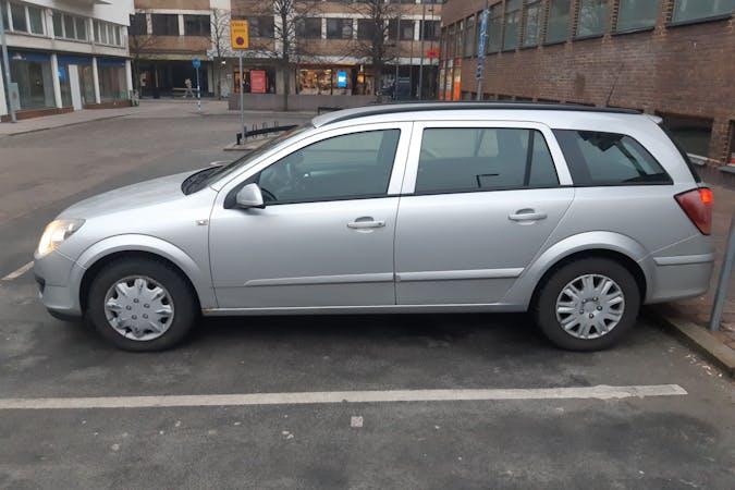 Billig biluthyrning av Opel Astra i närheten av 252 25 .