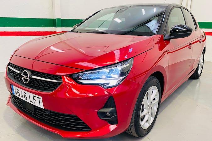 Alquiler barato de Opel Corsa con equipamiento GPS cerca de  Madrid.