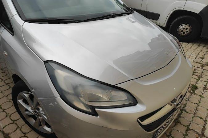Alquiler barato de Opel Corsa cerca de 08207 Sabadell.