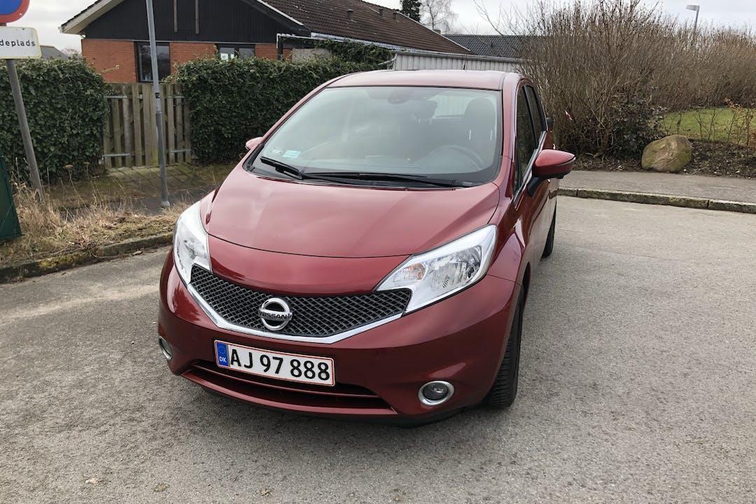 Billig billeje af Nissan Note med GPS nær 3600 Frederikssund.