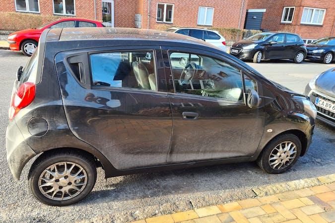 Billig billeje af Chevrolet Spark nær 5230 Odense.