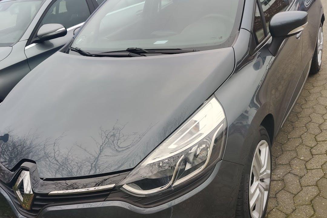 Billig billeje af Renault Clio nær 8200 Aarhus.