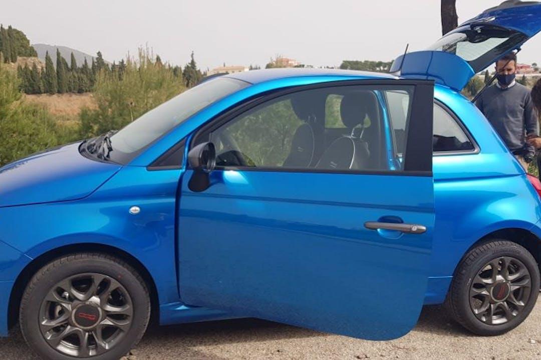 Alquiler barato de Fiat 500 con equipamiento GPS cerca de 29730 .