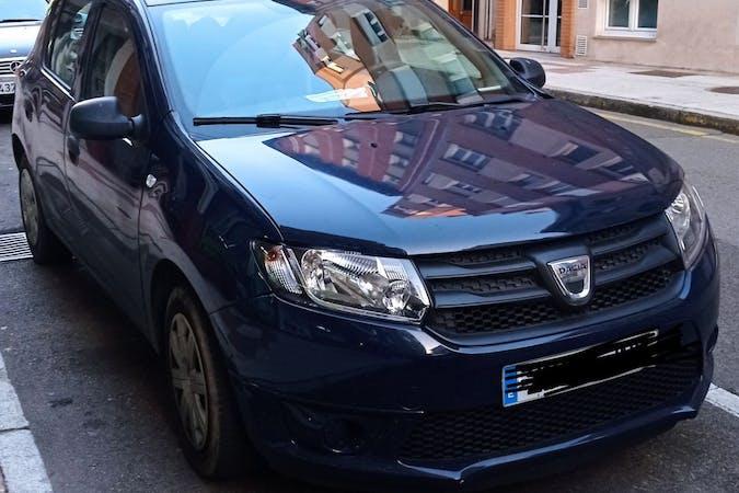 Alquiler barato de Dacia Sandero cerca de  Gijón.
