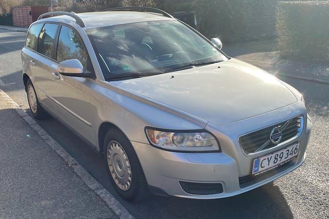 Billig billeje af Volvo V50 med Isofix beslag nær 4780 Stege.