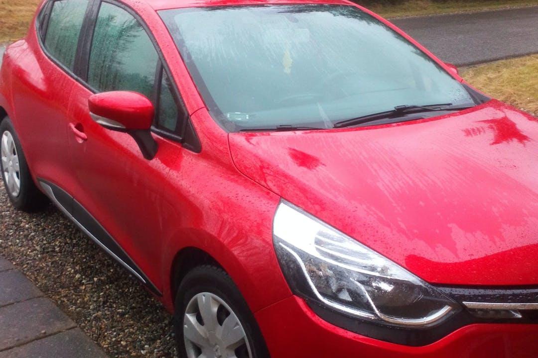 Billig billeje af Renault Clio med GPS nær 9690 Fjerritslev.