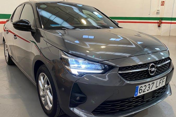 Alquiler barato de Opel Corsa con equipamiento Fijaciones Isofix cerca de 28012 Madrid.