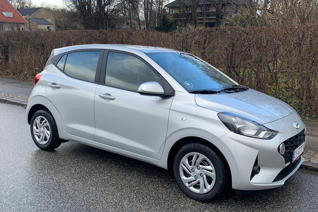 Billig billeje af Hyundai i10 nær 2820 Gentofte.