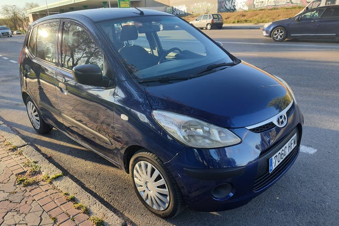 Alquiler barato de Hyundai i10 cerca de 28047 Madrid.
