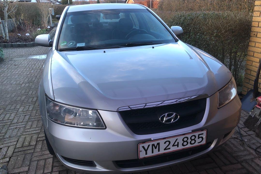 Billig billeje af Hyundai Sonata nær 2620 Albertslund.