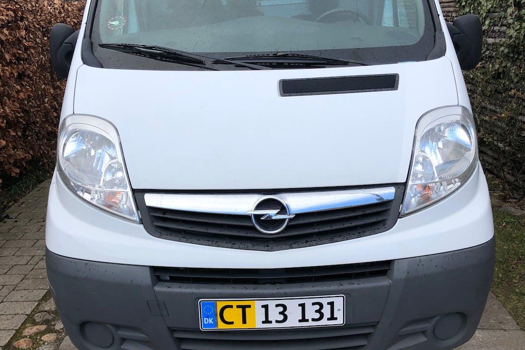 Billig billeje af Opel VIVARO nær 2400 København.