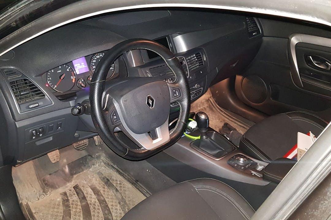 Billig billeje af Renault Laguna med GPS nær 7100 Vejle.