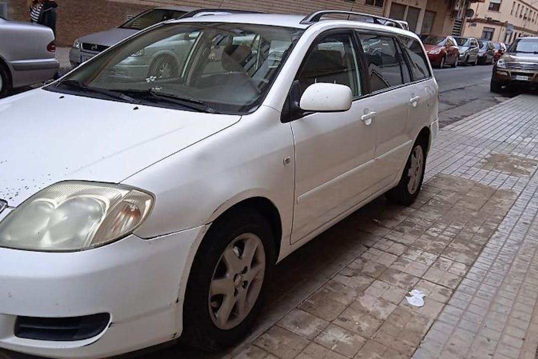 Alquiler barato de Toyota Corolla cerca de 46013 València.