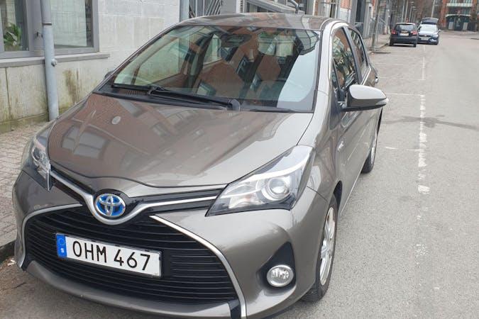 Billig biluthyrning av Toyota Yaris med GPS i närheten av 416 49 Stampen.