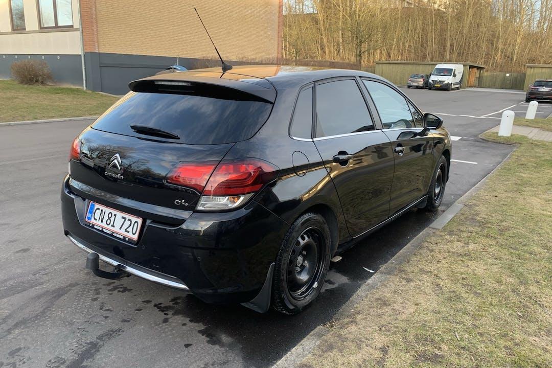 Billig billeje af Citroën C4 med Isofix beslag nær 9000 Aalborg.