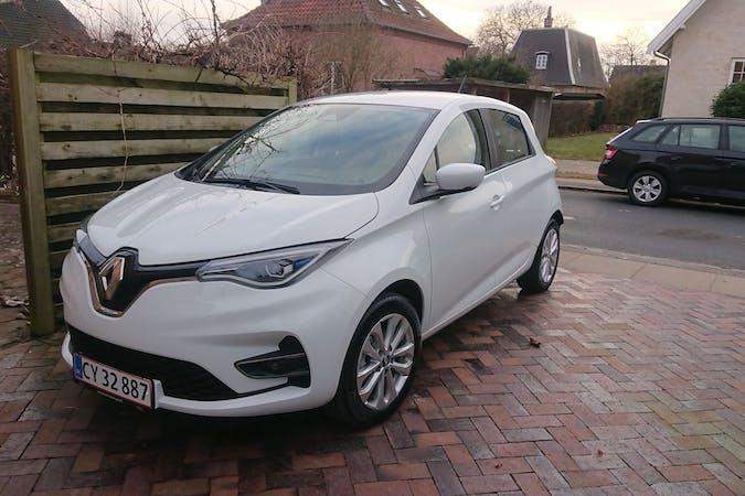 Billig billeje af Renault Zoe med Bluetooth nær 2720 København.