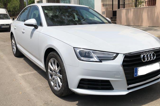 Alquiler barato de Audi A4 con equipamiento GPS cerca de 41400 Écija.