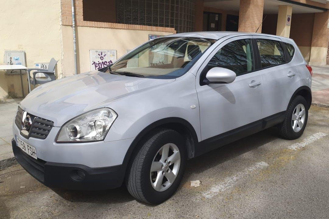Alquiler barato de Nissan Qashqai cerca de 28023 Madrid.