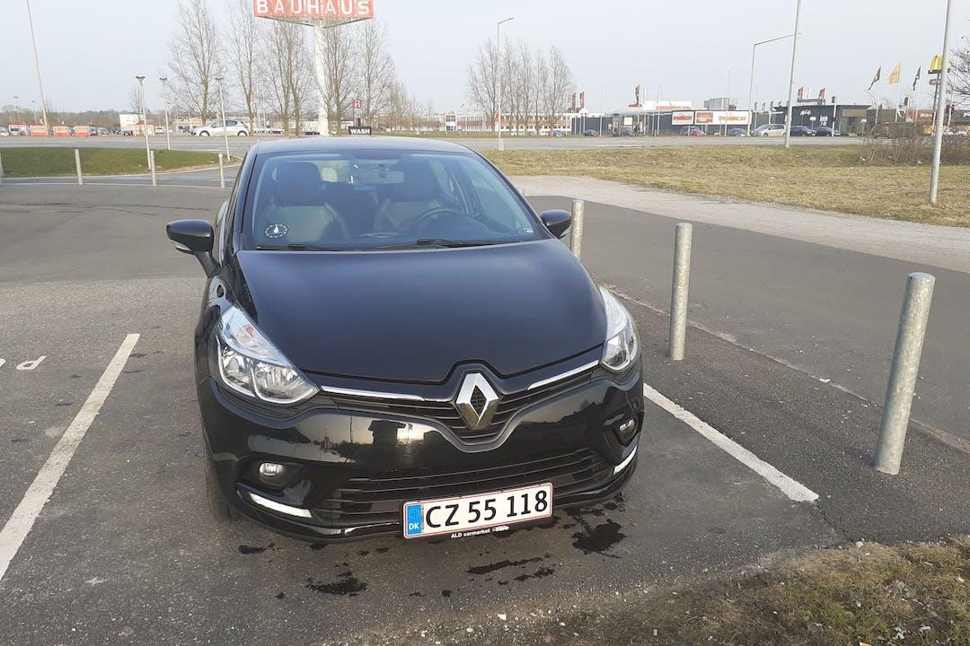 Billig billeje af Renault Clio nær 8960 Randers.