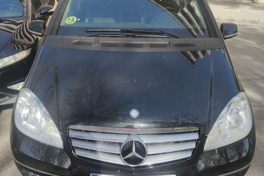 Alquiler barato de Mercedes A-Class con equipamiento Aire acondicionado cerca de 08034 Barcelona.