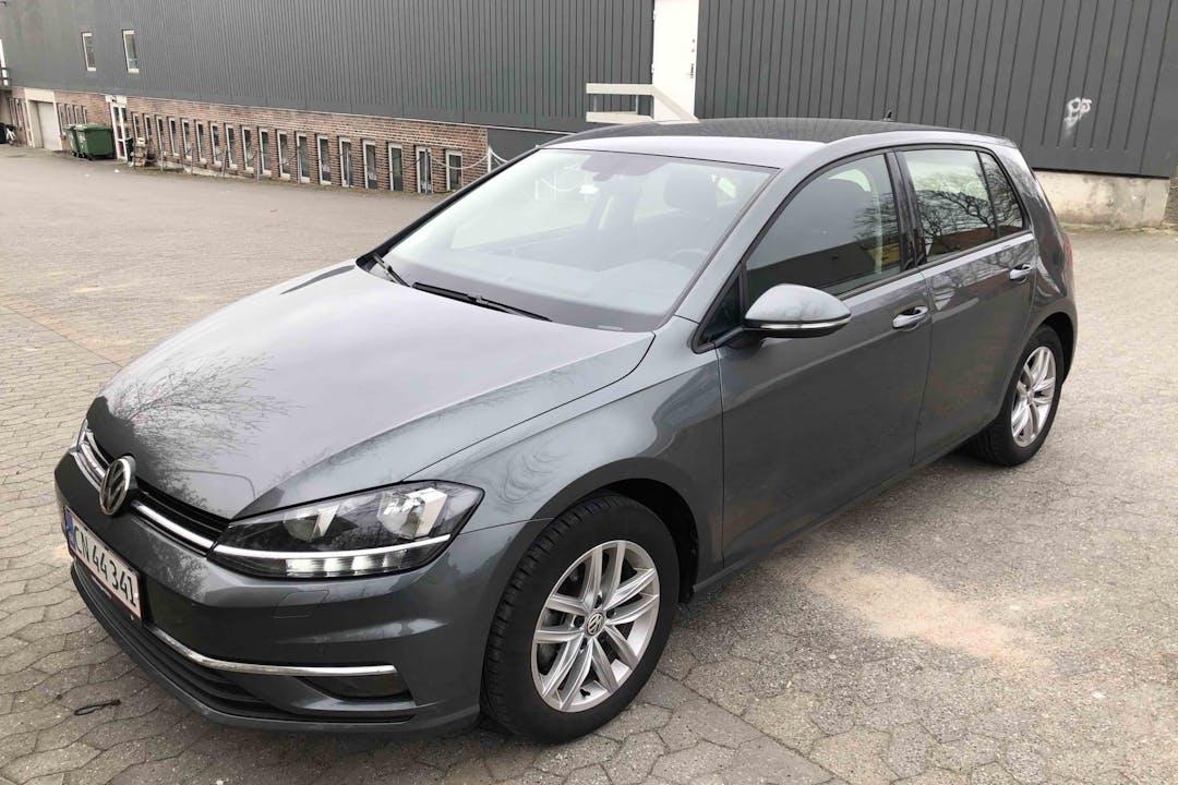 Billig billeje af Volkswagen Golf med Isofix beslag nær 2650 Hvidovre.