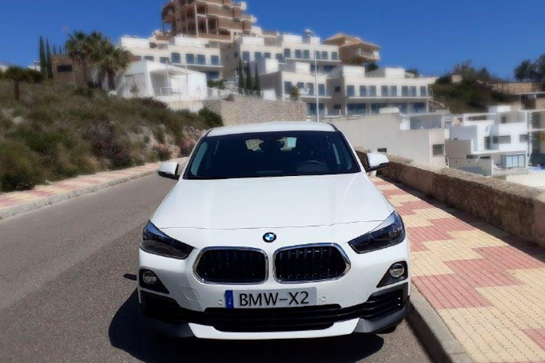 Alquiler barato de BMW X2 con equipamiento GPS cerca de 46910 Sedaví.