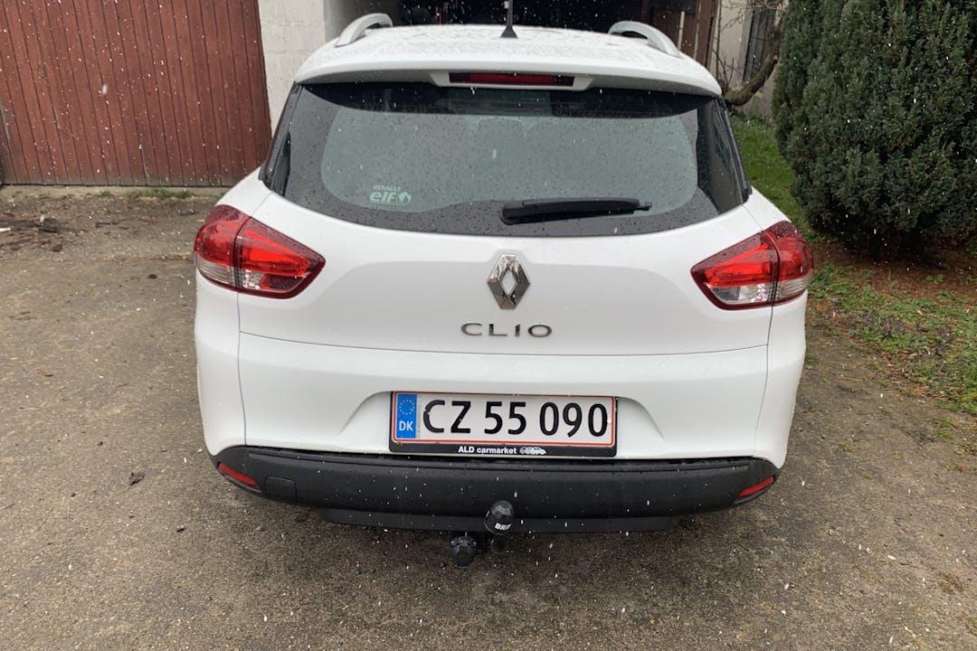 Billig billeje af Renault Clio SW med Isofix beslag nær 5260 Odense.