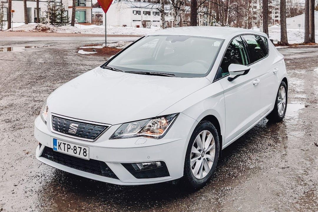 Seat Leónn halpa vuokraus Isofix-kiinnikkeetn kanssa lähellä 96100 Rovaniemi.