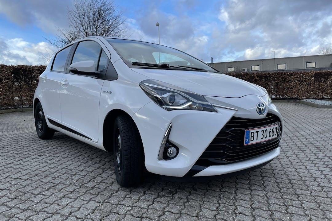 Billig billeje af Toyota Yaris Hybrid med Isofix beslag nær 4622 Havdrup.