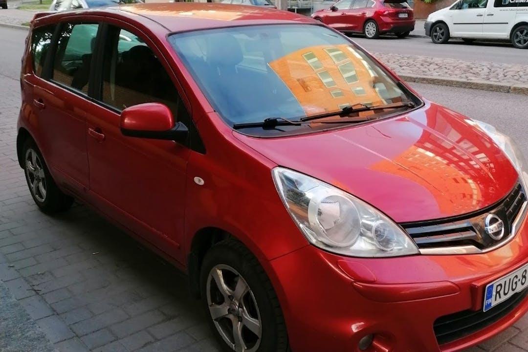 Nissan Noten halpa vuokraus GPSn kanssa lähellä 01700 Vanda.
