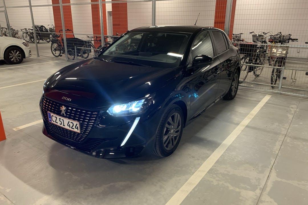 Billig billeje af Peugeot 208 med Isofix beslag nær 2500 København.
