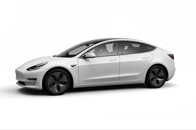 Billig billeje af Tesla Model 3 med GPS nær 4500 Nykøbing Sjælland.