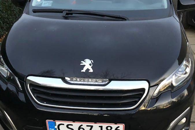 Billig billeje af Peugeot 108 med Isofix beslag nær 8300 Odder.